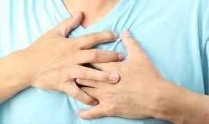 боль-в-груди-в-грудной-клетке-причины